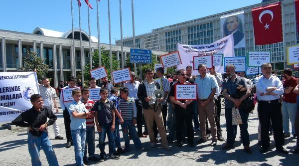 Taşeron İşçilerinden İbb Önünde Protesto