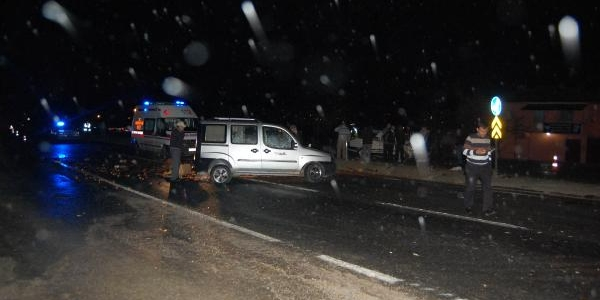 Taşköprü'de Trafik Kazasi: 1 Ölü, 4 Yarali