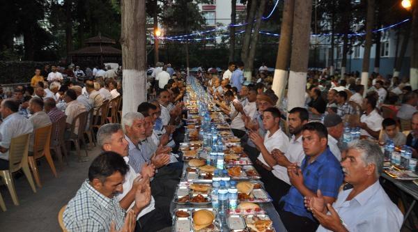 Tayyar: Türkiye'nin Güçlü Bir Şekilde Ayakta Kalması Lazım