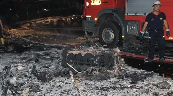 'tcdd Yetkilileri Dörtyol'daki Kazayı Değerlendirdi: Tren Dursa, Facia Olurdu