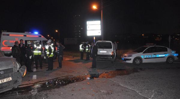 Tekirdağ'Da Trafik Kazasi: 4 Yarali