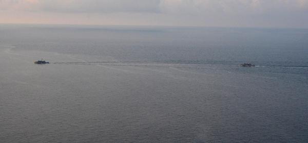 Teknesiyle Denizde Kaybolan Balıkçıyı Askeri Gemiler De Aradı
