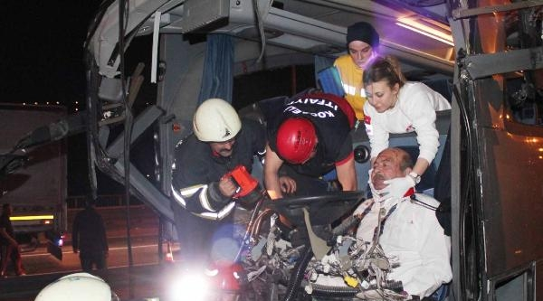 Tem'deki Kazanın Bilançosu: 51 Kişi Yaralandı, 24 Araç Hasarlı