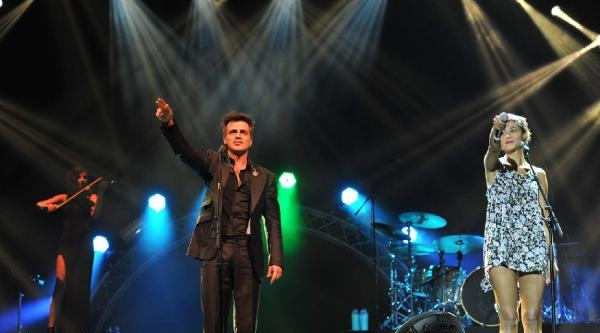 Teoman'dan Hayranlarına Unutulmaz Konser