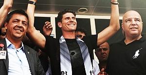 Mario Gomez İstanbul'a geldi! İşte ilk sözleri