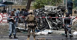 Esed'in kalesine bombalı saldırı: 10 ölü, 25 yaralı