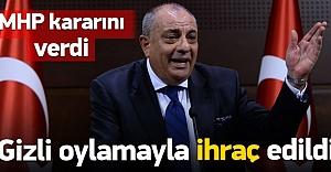 MHP'den Türkeş'e ihraç!