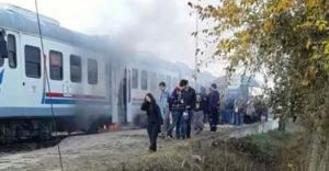 Trende yangın paniği: Yolcular raylara...