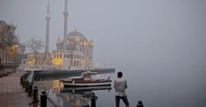İstanbul'da sis: Bazı seferler yapılamıyor