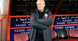 Mustafa Denizli Galatasaray'a veda etti!