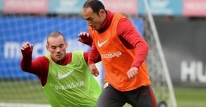 Sneijder'den Umut Bulut açıklaması