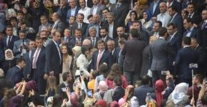 Başbakan'a canlı bomba saldırısı son anda önlendi