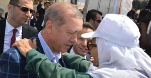 Erdoğandan şehit annesine yakın...