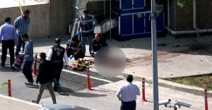 Teröristin cesedi olay yerinden kaldırıldı