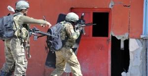 Diyarbakır Silvan'da 2 terörist öldürüldü