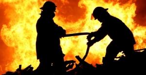 İzmir'de Askeri Alanda Çıkan Yangın Söndürüldü!