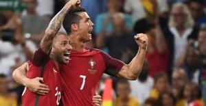 Ronaldo ve arkadaşları yarı finalde!