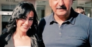 Ayşe Çelik mahkeme çıkışı HDP'lilerle poz verdi