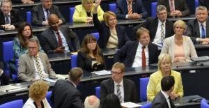 Almanya'da Bettina Kudla yeniden milletvekili adayı gösterilmedi