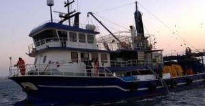 Bodrum'da gırgır teknesi balık çiftliğine çarptı