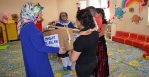 'Masum Melekler' hediyelerine kavuştu