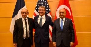 NATO'da Üçlü Görüşme
