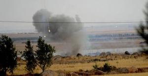 Sınır hattında kontrollü patlama