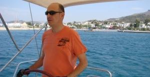 Maltepe'deki patlamada eski bakanın oğlu ağır yaralandı