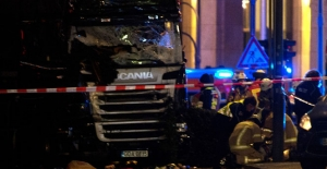 Almanya'da Tırla Noel pazarına giren saldırganın kimliği belli oldu
