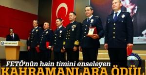 FETÖ'nün suikast timini yakalayan polislere ödül verildi