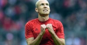 Şenol Güneş'ten Robben'e veto