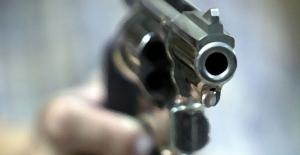 Zürih'te bir camide silahlı çatışma: 1 ölü, 3 yaralı
