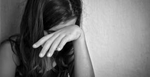 12 Yaşındaki Engell Kız, Okul Müdürü ve Üç Öğretmeninin Tecavüzüne Uğradı