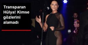 Hülya Avşar, İçini Gösteren Kıyafetle...