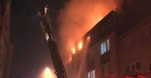 İstanbul Üsküdar'da 4 katlı binada yangın