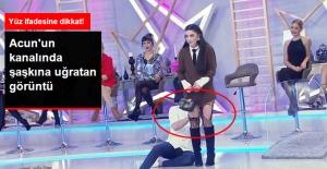 Kemal Doğulu Yarışmacının Çorabını Yırttı