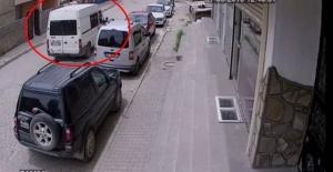 Muş Valiliği'ne bomba yüklü minibüsle gelen terörist yakalandı