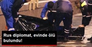 Rus Diplomat, Atina'daki Evinde Ölü Bulundu!