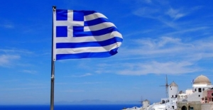 Yunanistan meclisinden 'iflas' raporu