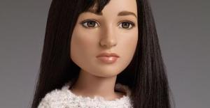Dünyanın ilk transeksüel oyuncak bebeği fuarda tanıtılıyor.