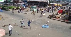 Nijerya'da pazar yeri savaş alanına döndü