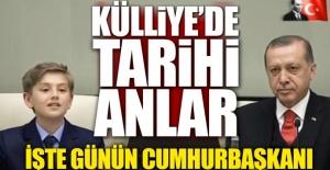Cumhurbaşkanı Erdoğan koltuğunu devretti