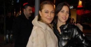 Hülya Avşar: Zaten mimar olmasını istiyordum
