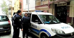 Manisa'da Eşini ve Sevgilisini Yatak Odasında Basan Öfkeli Koca Dehşet Saçtı