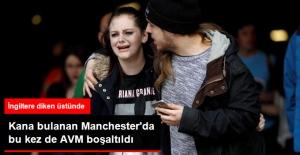 Kana Bulanan Manchester'da Bomba Paniği Nedeniyle AVM Boşaltıldı