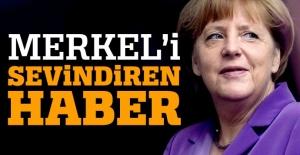Kuzey Ren Vestfalya'da Merkel'in partisi kazandı