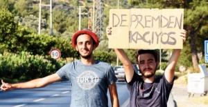 """""""Deprem bahane otostoplu tatil şahane"""""""