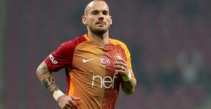 Sneijder, Fenerbahçe'ye de Beşiktaş'a da gidemeyecek!