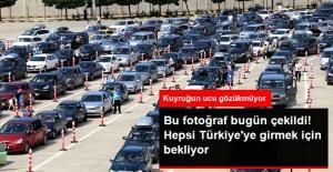 Türkiye'ye Gurbetçi Akını! Yurt Dışında Yaşayan Vatandaşlar Kapıkule'de Yoğunluk Oluşturdu