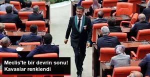 Meclis'te Değişim! Kavaslar, Yeşil Detaylı Yeni Kıyafetleriyle İlk Kez Görüntülendi